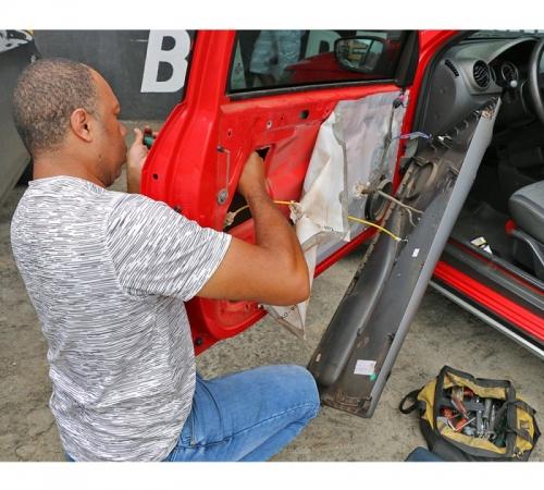 Abertura de Automóveis / Conserto e Troca de Fechaduras Automotivas