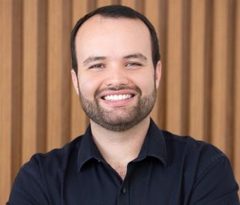 DR. CARLOS HENRIQUE DE ALMEIDA