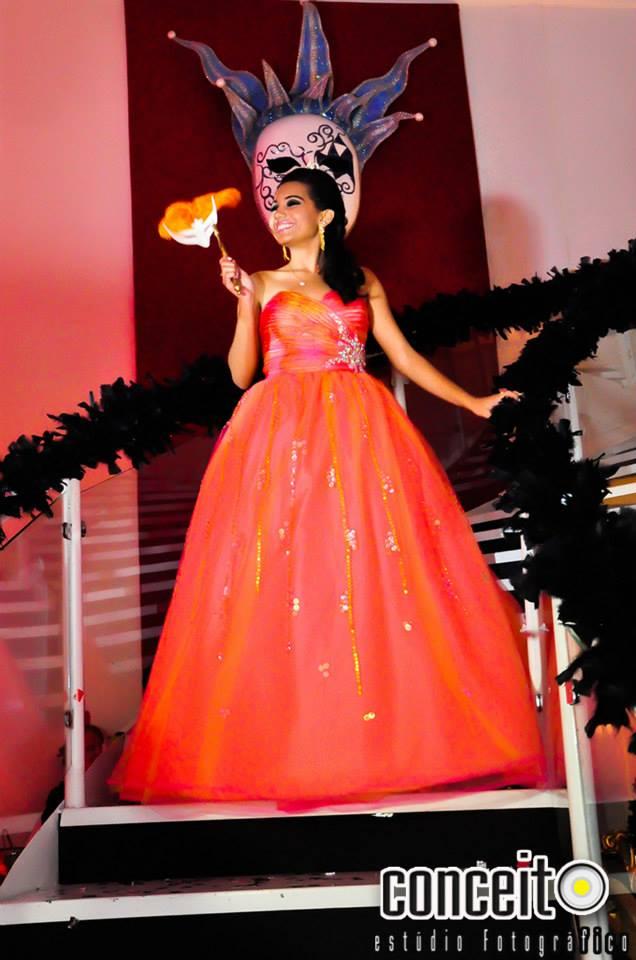 Vestido coral debutante 2 em 1