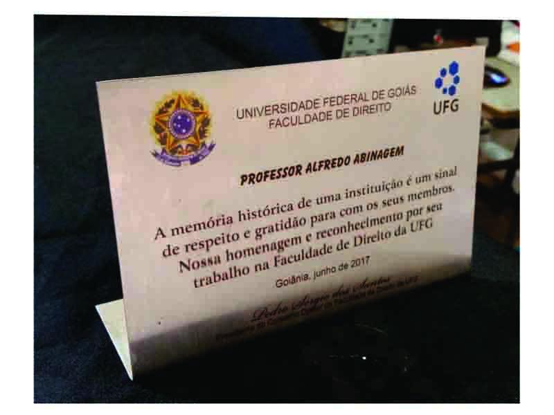 Placa para Homenagem com Base Dobrada