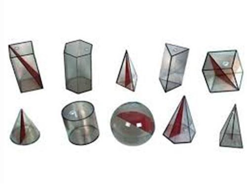 Kit Sólidos Geométricos em Acrílico
